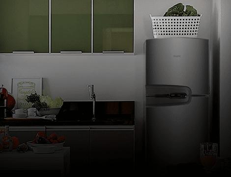 Geladeira instalada na cozinha