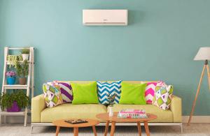 Ar-condicionado em um ambiente com plantas