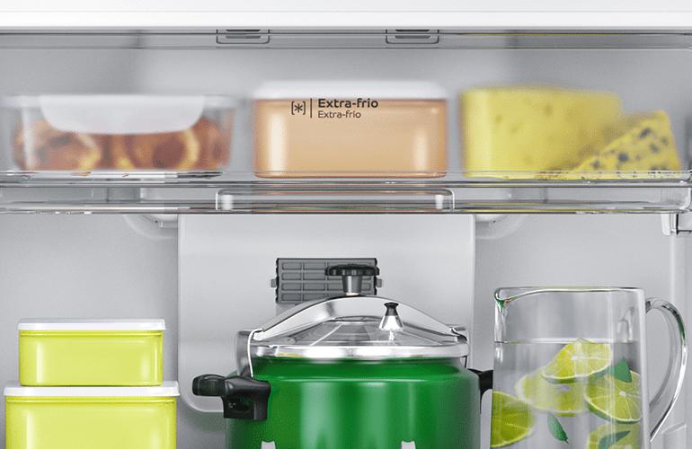 prateleira superior geladeira organizada