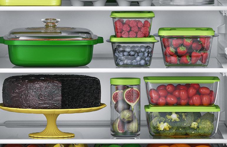 prateleira média geladeira organizada