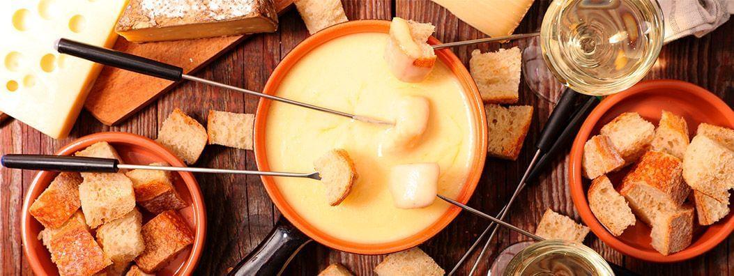 Fondue de Queijo: o melhor trio de queijos e receita vegana