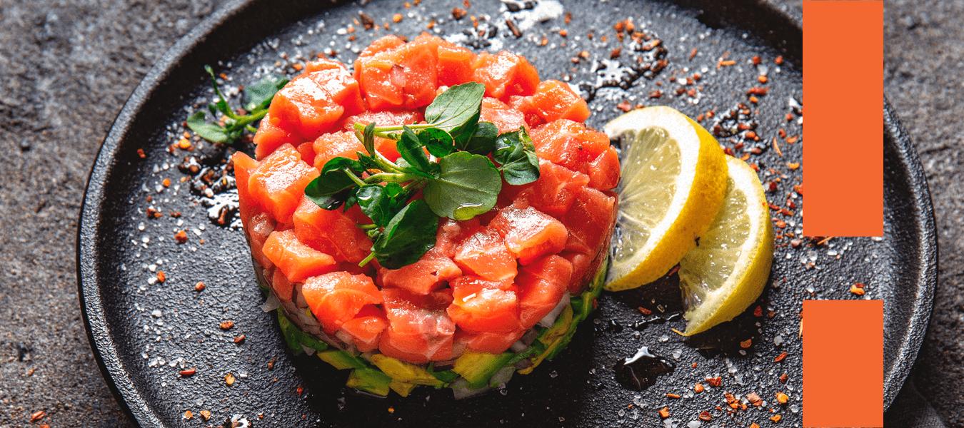 Veja como preparar um tartar de salmão