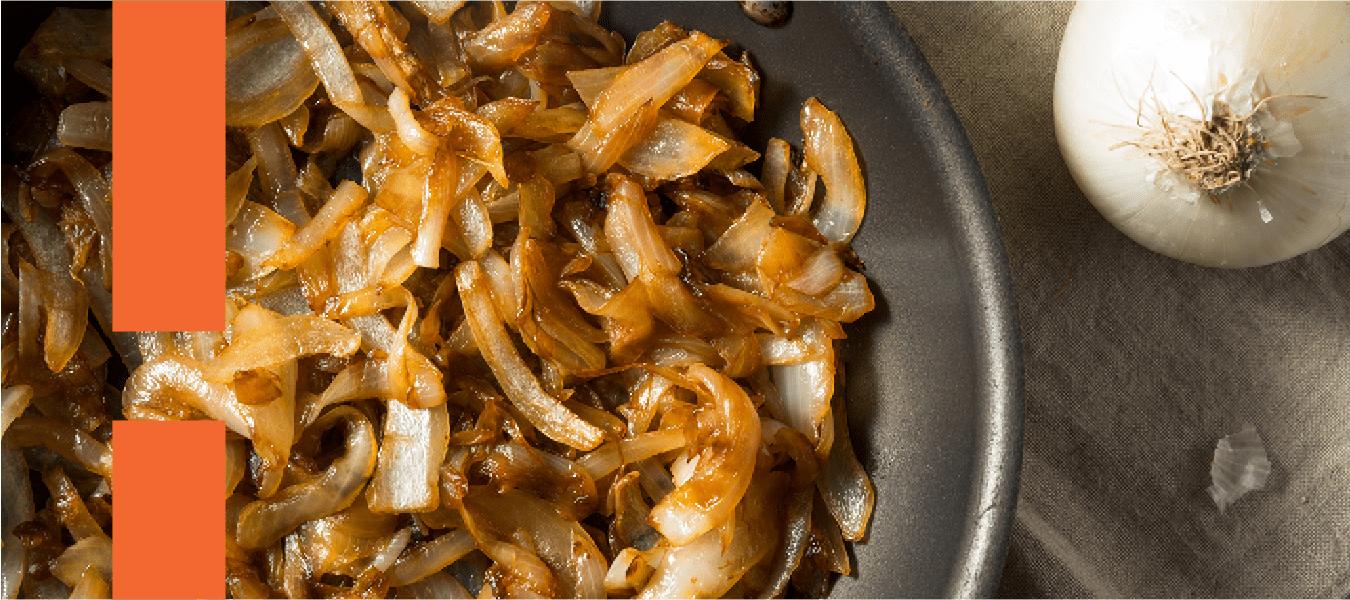 Cebola caramelizada: veja diferentes receitas desse acompanhamento saboroso