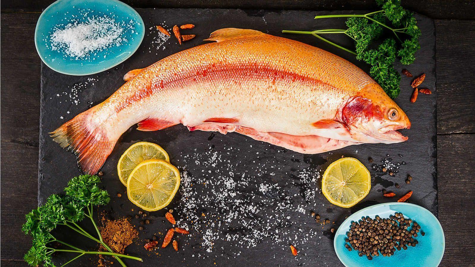 Peixes também são frutos do mar e seu tempo de cozimento varia de acordo com a espécie