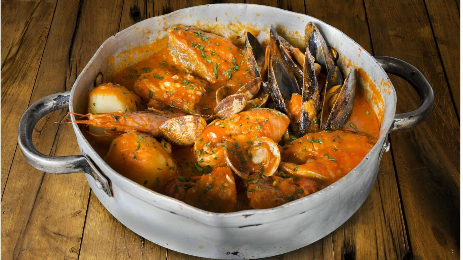 É importante respeitar o tempo de cozimento dos diferentes tipos de frutos do mar