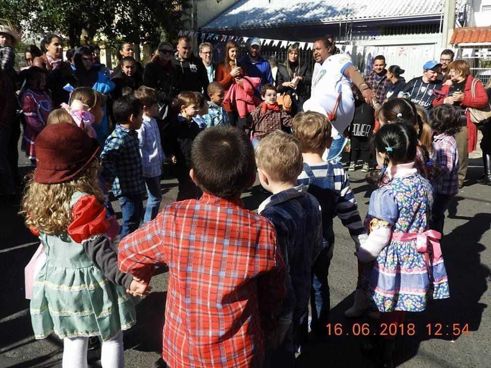 Escola De Educação Infantil Arte & Travessura - foto 3