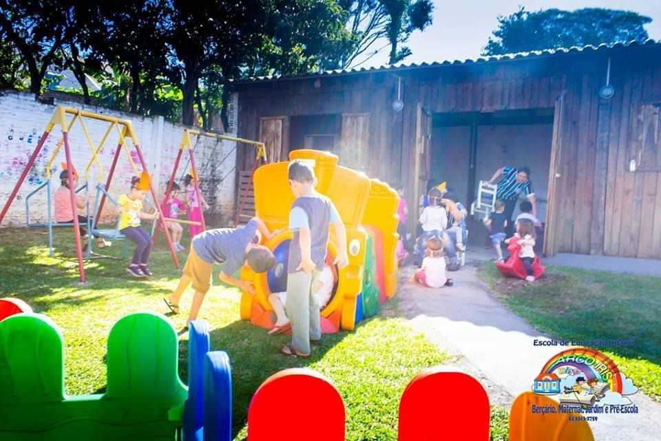 Escola de Educação Infantil Arco Íris - foto 2