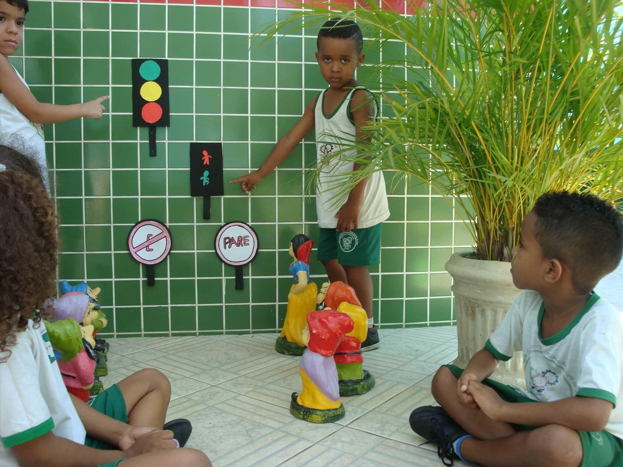 Assoc Educ Francisca Nubiana Da Silva - foto 41