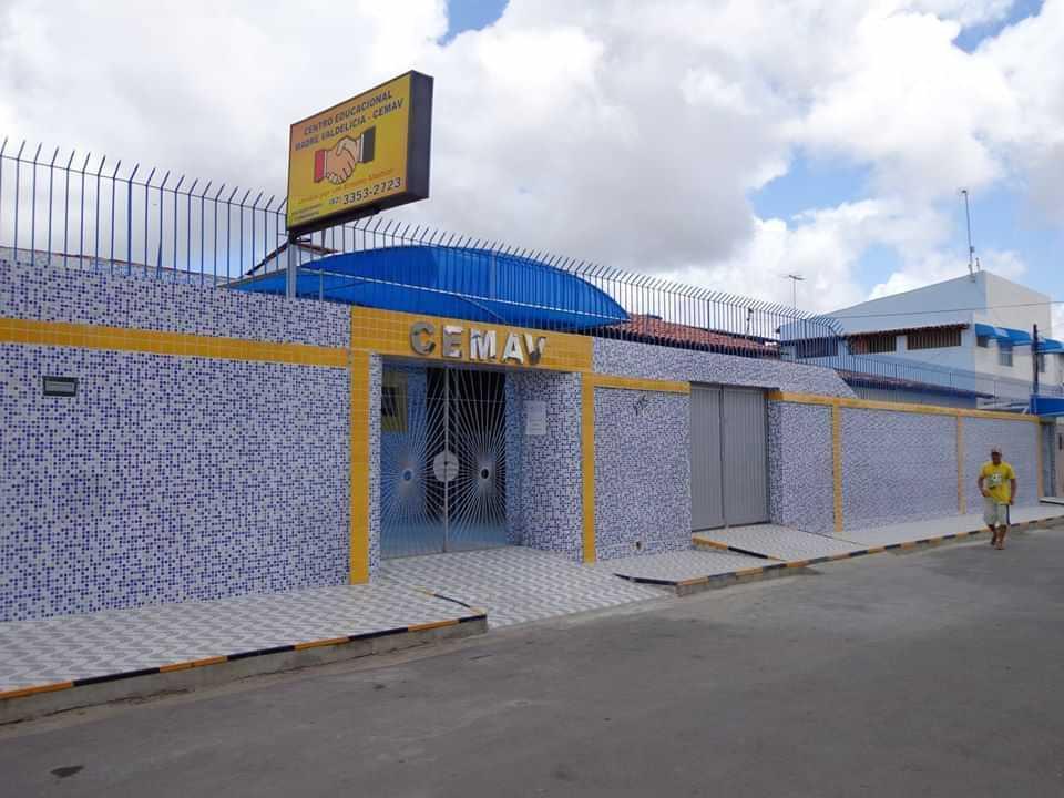 Centro Educacional Madre Valdelicia - foto 1