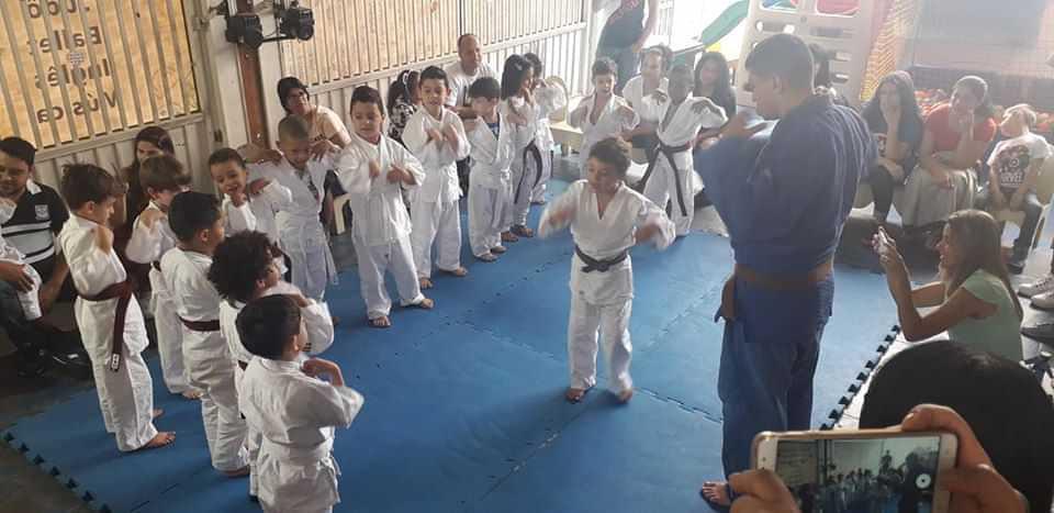 Escola de Educação Infantil Oliveira - foto 12