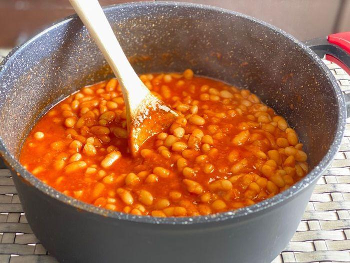 שעועית לבנה ברוטב עגבניות - פסוליה