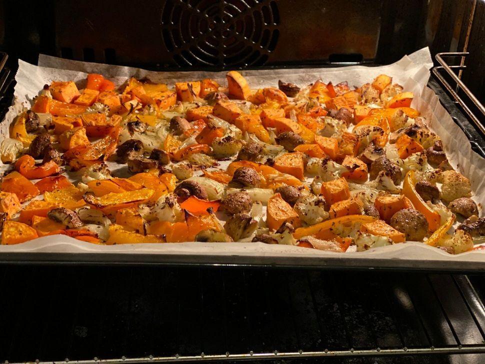 סלט קינואה עם ירקות