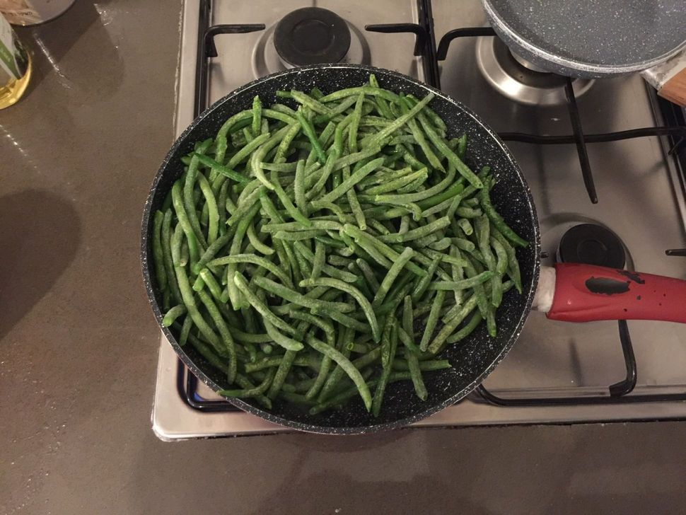שעועית ירוקה מוקפצת עם סילאן וסויה