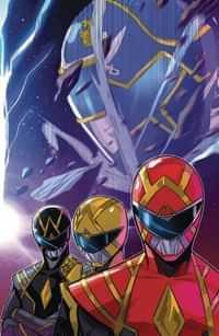 Go Go Power Rangers #32 CVR A Carlini Connecting