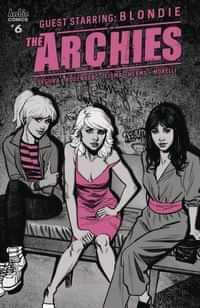 Archies #6 CVR A Smallwood