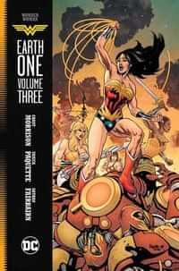 Wonder Woman HC Earth One V3