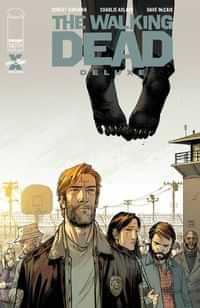 Walking Dead #18 Deluxe Edition CVR B Moore and Mccaig