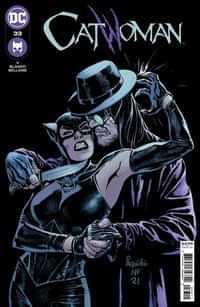 Catwoman #33 CVR A Yanick Paquette